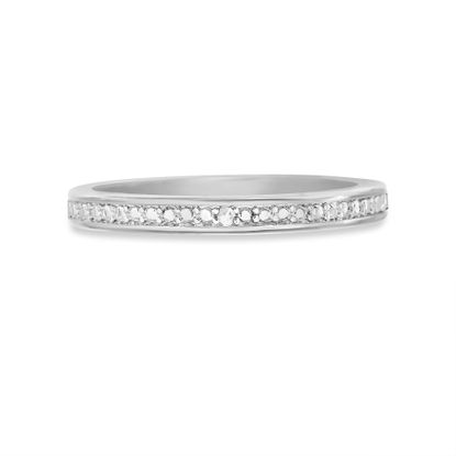 Imagen de Diamond Accent Wedding Band Ring in Rhodium over Brass Size 5
