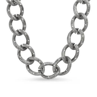 Imagen de Steve Madden Women's Large Curb Chain Magnetic Closure Collar Necklace Gunmetal-Tone One Size