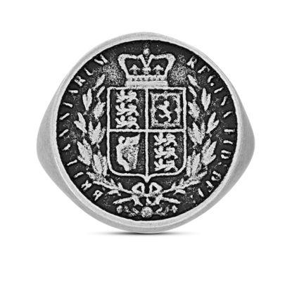 Imagen de Steve Madden Great Britain Sovereign Shield Coin Ring Silver 10